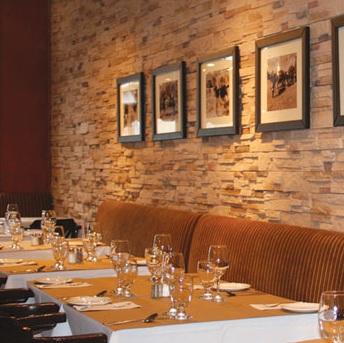 restaurant apportez votre vin montr al montr al qc apportez votre vin la raclette. Black Bedroom Furniture Sets. Home Design Ideas